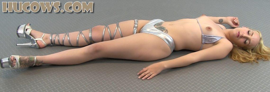 Liz - puffy nipples